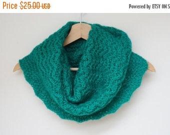 ON SALE Cowl green wool knit knitted Infinity Loop Shawl scarf circular ooak neckwarmer handmade grass emerald scalloped openwork
