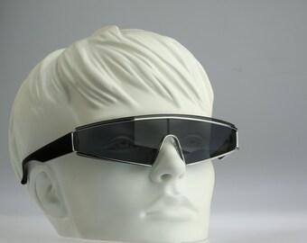 Guy Laroche 5128 / Vintage sunglasses / NOS / 80s designer eyewear