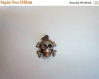 ON SALE Sterling Silver Plated Vintage Inspired Skull And Bones Charm/Pendant