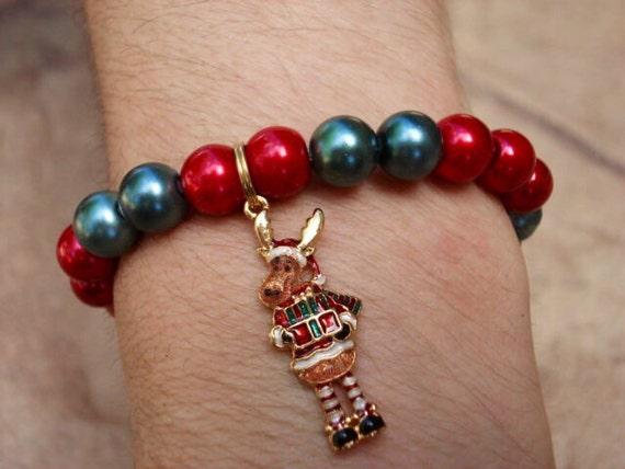 Christmas Bracelet, Holiday Bracelet, Charm Bracelet, Pearl Bracelet, Christmas Jewelry, Holiday Jewelry, Gift For Her, Gift For Women