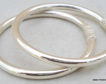 Traditional Design Sterling Silver Bracelet Bangle Pair