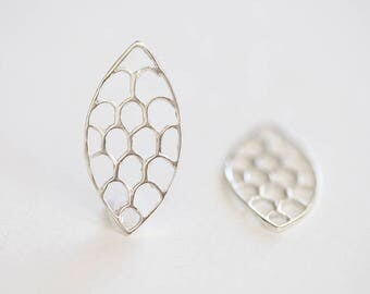 Sterling Silver Chandelier Leaf Earring Frame or Connector- 2pcs, 925sterling silver, open leaf shape earring findings, chandelier, filigree