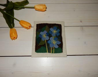 Swedish hand woven wall hanging / flemish / blue flowers / 1970s