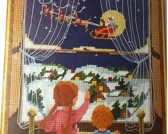 Vintage Christmas Sunset  Needlepoint There Goes Santa Number 6075