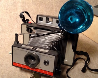 Polaroid Automatic 220 Land Camera - Camera, Origianl Box, Flash Unit, Owners Manual - Nice