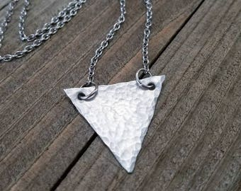 Triangle necklace - triangle choker - hammered necklace - triangle jewelry - silver triangle necklace - triangle pendant - silver triangle