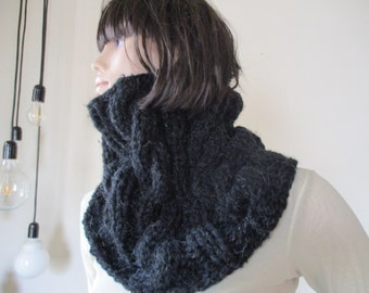 Handmade black knitted scarf, woman scarf, beautifu scarf,  warm and cozy, chunky