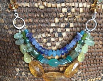 Springtime multicolored necklace