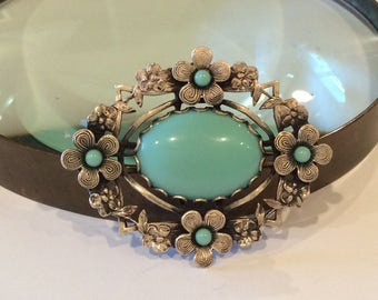 Silver  plated floral setting with Turquoise Cabochons Brooch, Oval , Vintage fashion jewelry, silver flowers