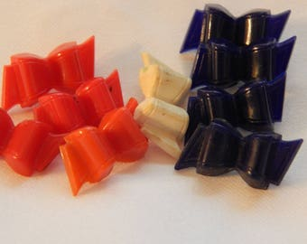 Red White and Blue Bows - Vintage Plastic Kiddie Buttons 9