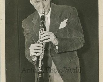 Woody Herman playing clarinet jazz band leader antique music photo