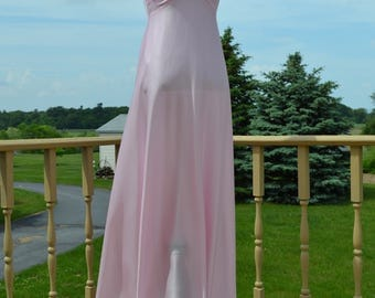 70s Watercolor Pink Gown w/ Sweetheart Neckline Spaghetti Strap Full Length Maxi Dress // Xs Small