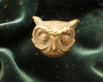 Art Nouveau Repousse Brass Horned Owl Head Figural Hat Pin