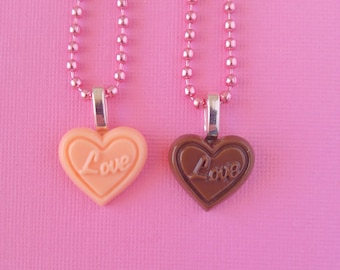 Love Resin Chocolate Heart Necklace, Gold or Pink Chain, Kawaii Pastel Fairy Kei Heart-Shaped Necklace Cute Jewelry, Gifts for Bestfriends