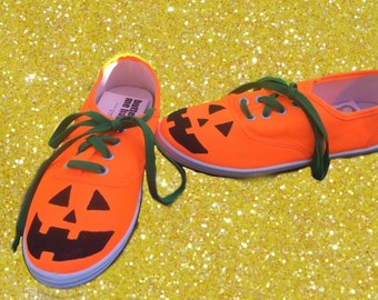jack-o-lantern shoes. Pumpkin painted shoes (can make these in toms) Halloween shoes. Thanksgiving shoes.