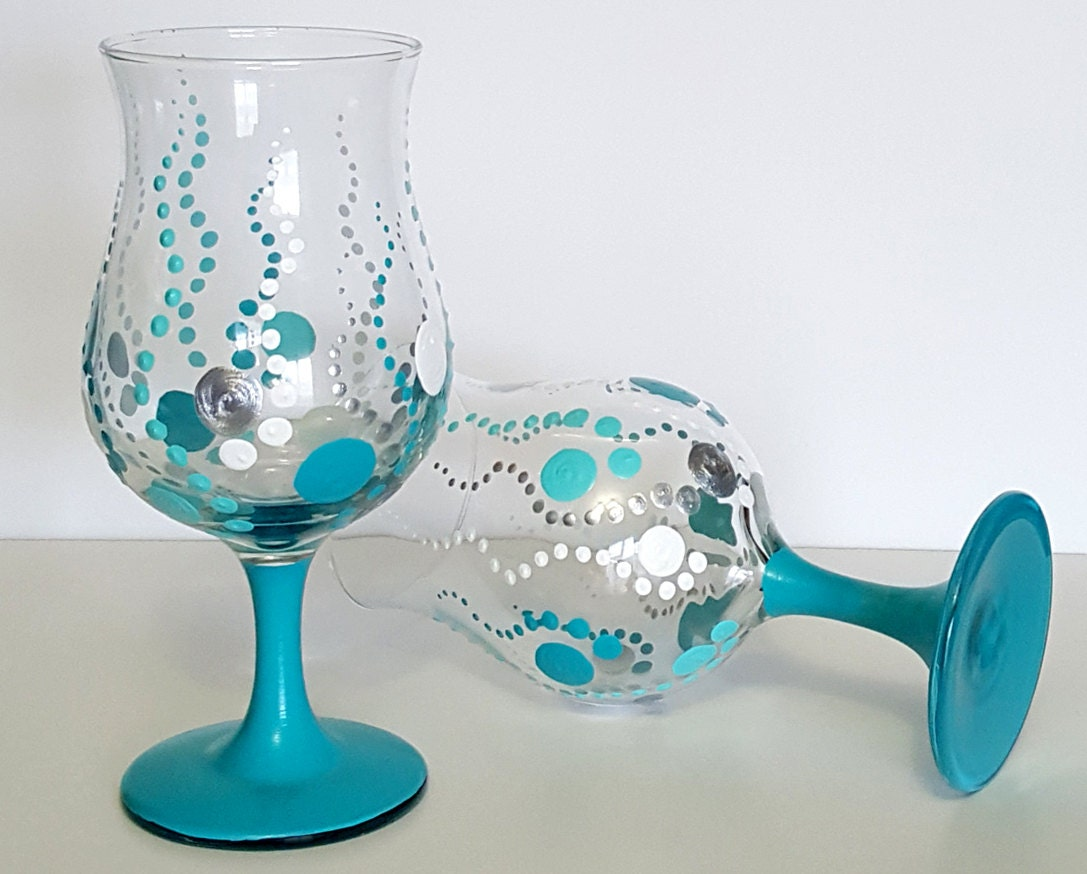 Hand painted drinking glasses set of 4 turquoise dots water for Hand painted drinking glasses