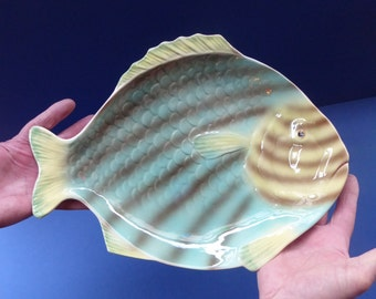 MASSIVE 1930s Shorter & Sons Fish SERVING PLATTER. 14 1/2 inches in length