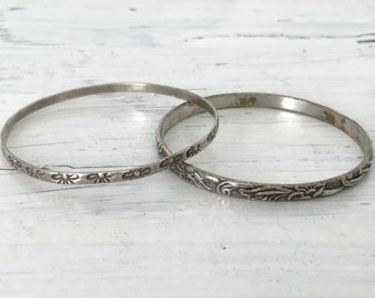 Vintage Bangle Bracelets | Pair of Silver Bangles | Thin Silver Bracelets | Boho Hippie Jewelry | Floral Jewelry | Dainty Eternity Bracelet