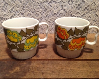 Set of two retro Japan Stacking coffee mugs