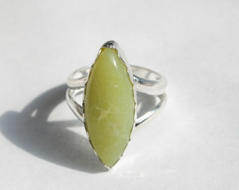 Sterling Silver Serpentine Ring, New Jade Ring, Jade Ring, Protection Ring, Meditation Ring