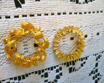 Two HG Vintage Gold Circle Pins Brooches Excellent Condition