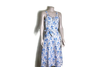 Vintage floral sundress // boho cotton floral dress // light pink with blue flowers // cotton strppy dress // boho hippie dress // small