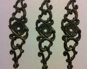 Three Lightweight Metal Decorative Back Plates Drawer Hardware With A Victorian Look Marked Japan