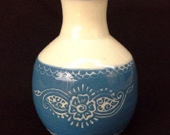 Bud vase with henna design