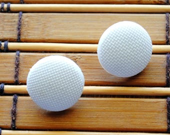 Vintage Buttons White Micro Weave shank style button