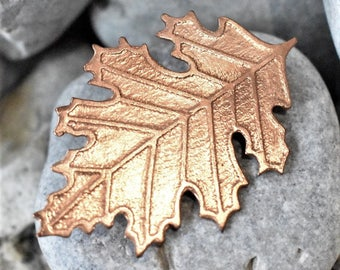 copper leaf brooch- autumn jewellery - copper leaf - autumn leaf brooch - oak leaf brooch - oak leaf pin - copper oak leaf - copper leaf pin