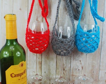 Wine glass cozy, crochet wine necklace, wine lanyard, festival wear, wine glass necklace, hen party gift, boho wedding favour, xmas gift