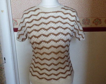 Sweet hand-knitted lacy fan pattern short sleeved jumper very 1950s look