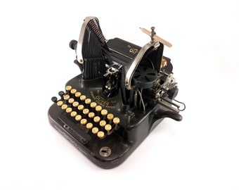 "Reconditioned Oliver Typewriter No. 5 ""Batwing"" - Working Oliver No. 5 Typewriter - Beautiful Antique Typewriter"