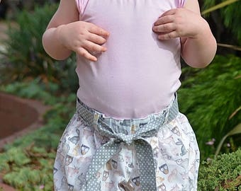 Girl's Bubble shorts bloomers in cute woodland print fabric with contrast tie belt and cuffed legs size 1