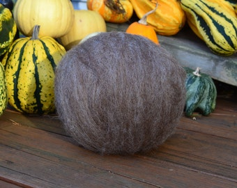 "Moorit Shetland Roving ~ Undyed Tri-color ~ 4oz ball from ""Aleen"""