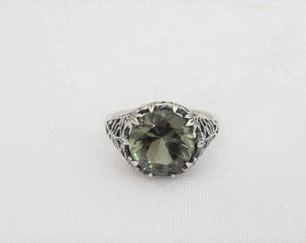 Vintage Sterling Silver Green Tourmaline Filigree Ring Size 7