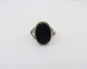 Vintage Sterling Silver Oval Black Onyx Ring Size 8.25