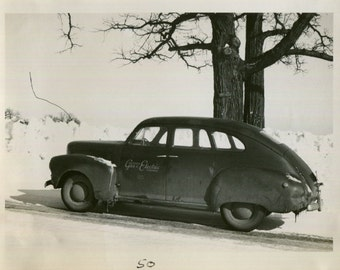 Vintage Photo..Wisconsin Gas & Electric Car, 1950's Original Found Photo, Vernacular Photography