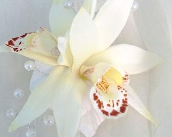 WEDDING HAIR CLIP, Bridal Headpiece, Hair accessory, Custom Silk Hair Flower,Tropical flower, Bridesmaid, Beach wedding, Hawaii, Fascinator