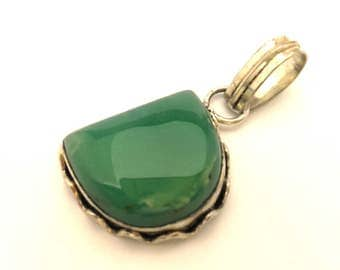 Vintage Chrysoprase Stone Sterling Silver 925 Green Mint Pendant Excellent Work
