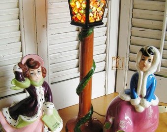 SALE 50% Off -- Vintage 1969 Atlantic Mold Christmas Carolers Figurines with Lighting Street Lamp Retro Stained Glass Look Retro Lighted