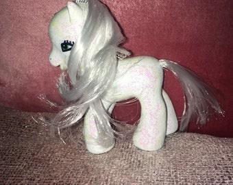 "My little pony white glitter customised pony 3.5"" high"