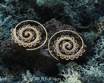 Stunning spiral brass earrings