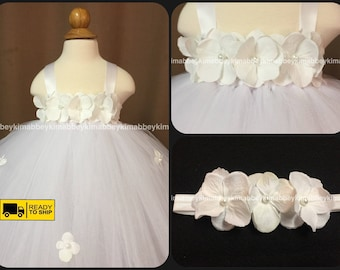 Beautiful baby girl first birthday dress in white with hydrangea flowers 12-18 months with  matching headband