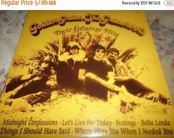 Save 30% Today Vintage 1968 Vinyl LP Record Golden Grass The Grassroots Greatest Hits Excellent Condition Dunhill Records
