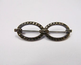 Vintage Sterling Silver Marcasite Pin Item W # 81