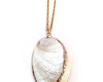 White Australian Pearl Abalone Shell Pendant||Hawaii||Exotic||Summer Beach Surf||Kawaii||Chain||Boho Summer Necklace||18k gold Filled Chain