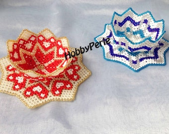 2 patterns doilies and beaded Bowls