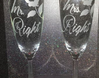 Custom Etched Wedding, Engagment or Aniversary  Glass Set