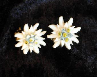 Vintage Edelweiss clip on earrings, floral earrings, carved celluloid earrings, Alpine flower earrings, vintage jewellery